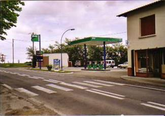 Garage a vendre station service a vendre midi pyrenees for Vente fond de commerce garage automobile