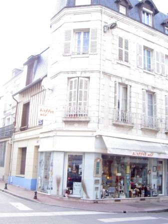 Locaux commerciaux a vendre ou a louer en basse normandie cabourg - Changer un local commercial en habitation ...