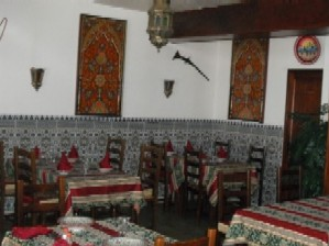 restaurants a vendre restaurant a vendre restauration. Black Bedroom Furniture Sets. Home Design Ideas